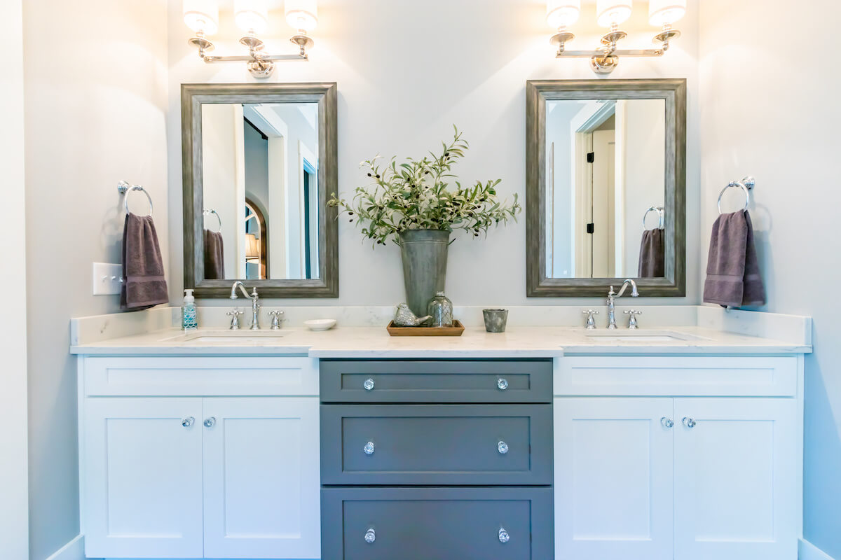 San Diego Bathroom Cabinet Installer